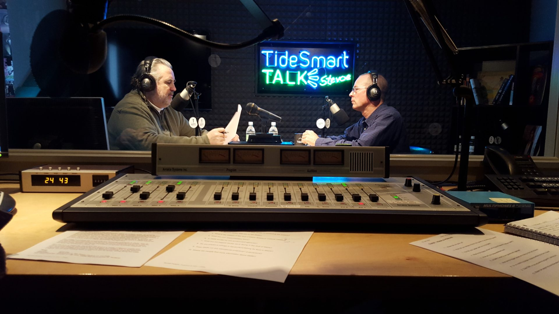 Host of TideSmart Talk with Stevoe, Steve Woods, welcomed CEO of the Gulf of Maine Research Institute, Don Perkins (at right).
