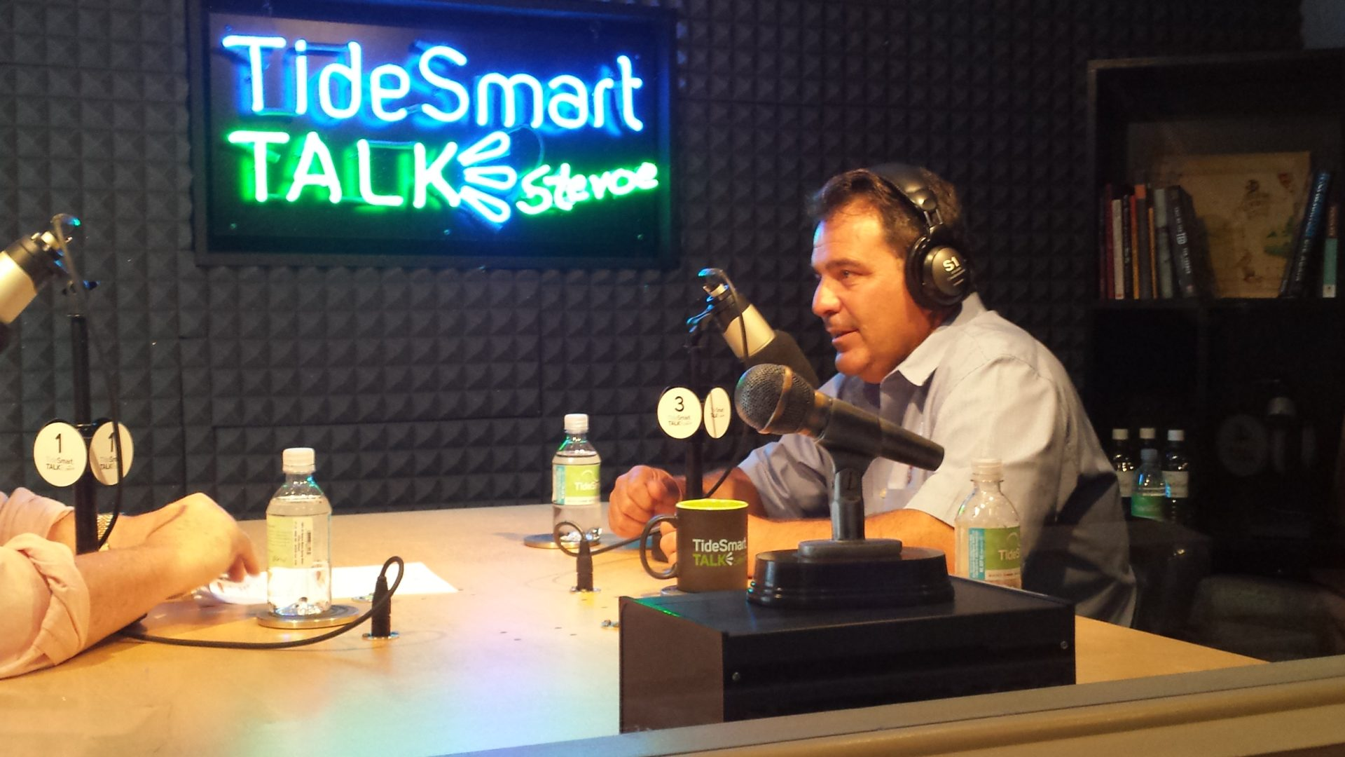 Host of TideSmart Talk with Stevoe, Steve Woods, welcomed Co-Founder of Shipyard Brewing, Fred Forsley.