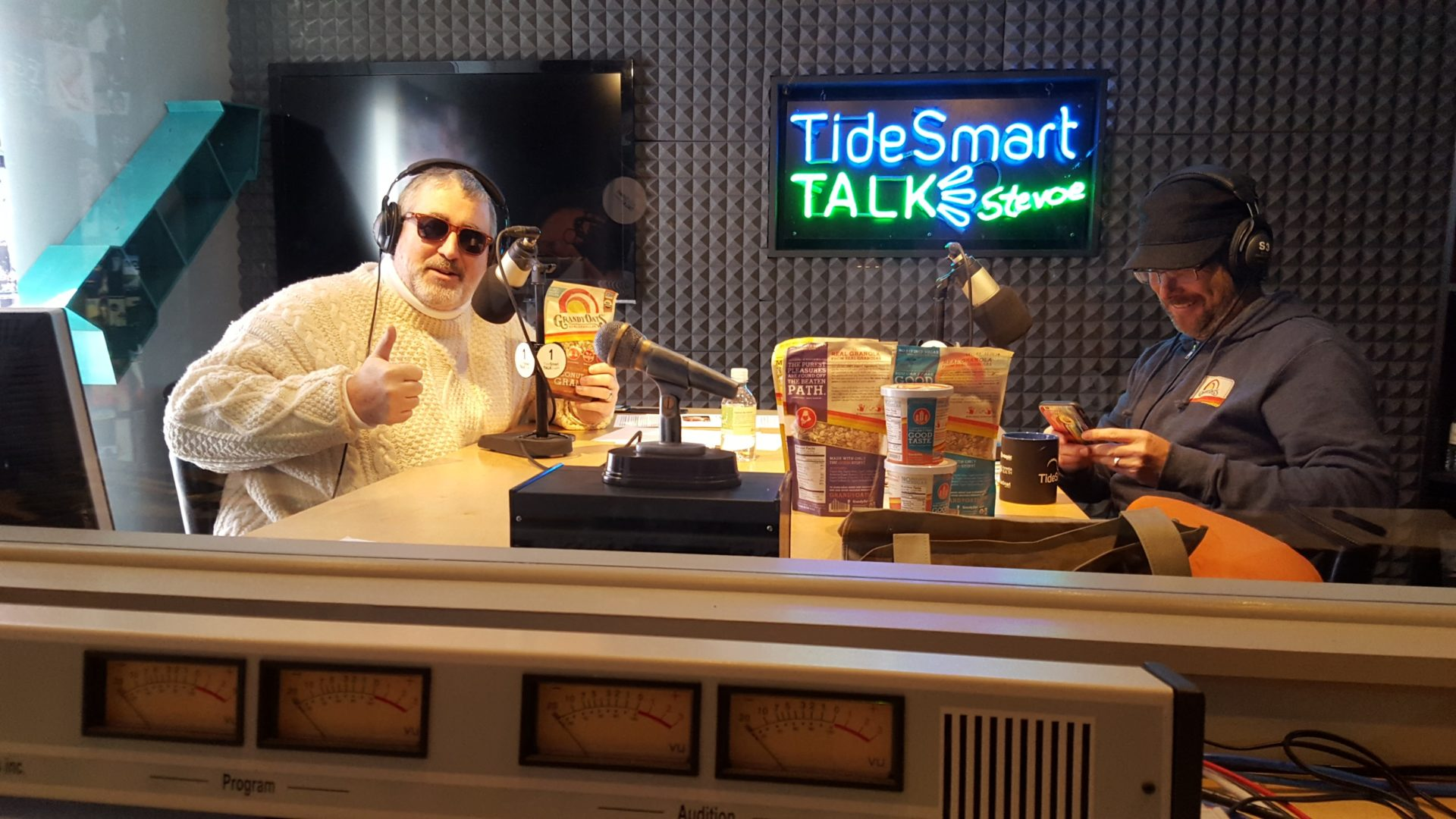 Host of TideSmart Talk with Stevoe, Steve Woods, welcomed GrandyOats Chief Granola Officer, Aaron Anker (at right).