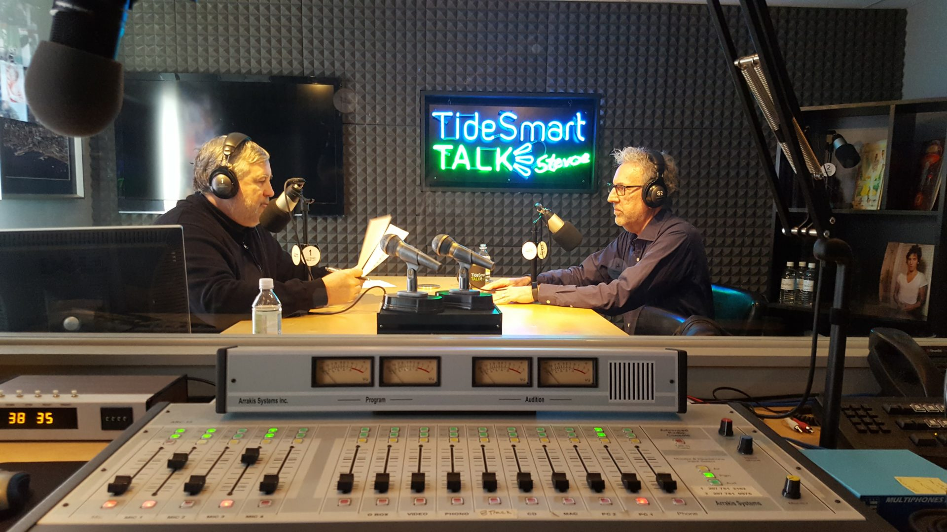 Host of TideSmart Talk with Stevoe, Steve Woods, welcomed Mo Mehlsak, Executive Editor of The Forecaster (at right).